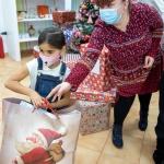 Colinde prin Zoom pentru donatorii celor mai frumoase cadouri