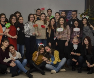 Spririduşii lui Moş Crăciun aduc magia la SocialXChange