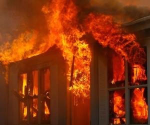 Focul distruge, comunitatea unește